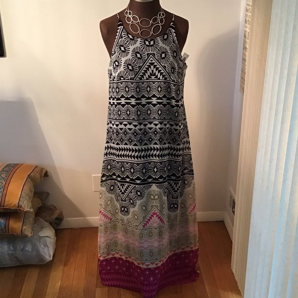 Old Navy Dresses & Skirts - Old Navy Geometric Halter Long-Maxi Boho-Dress NWT
